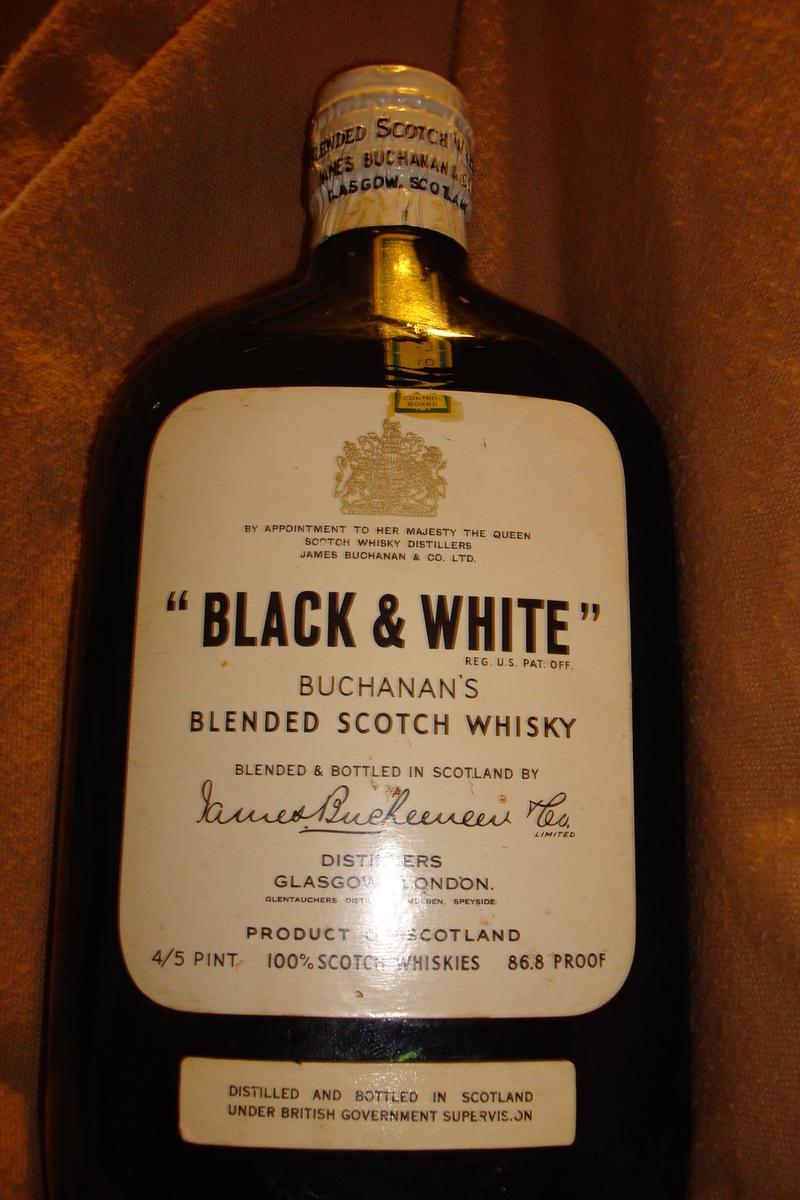 Black & White Buchanan's Scotch Whiskey (top, bottle, drink ...