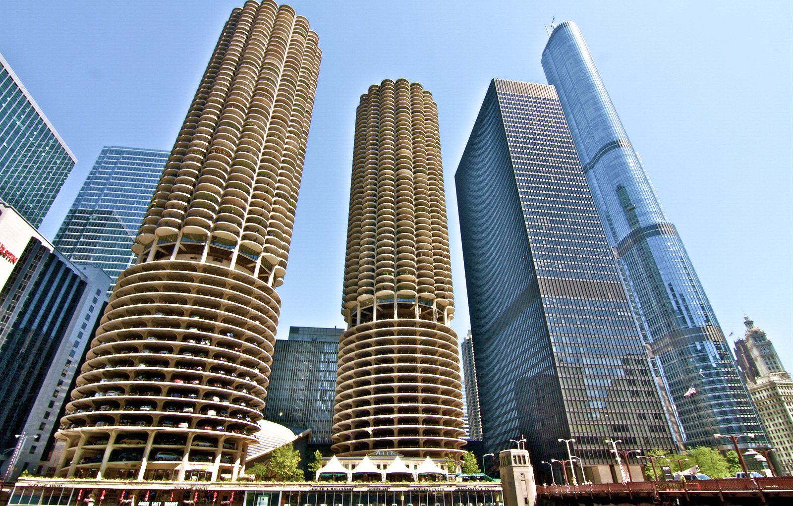 ... What U.S. City Has The Best Architecture? Marina City Trump Tower ...
