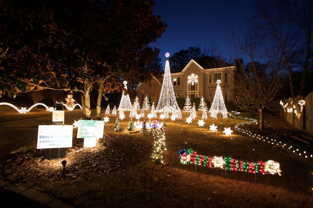 Best Holiday Christmas Lights Display In Atlanta Alpharetta Conyers Hous
