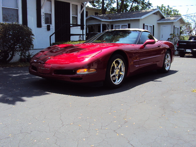 Score one more for plumber's putty  (vehicle, Corvette, 2004