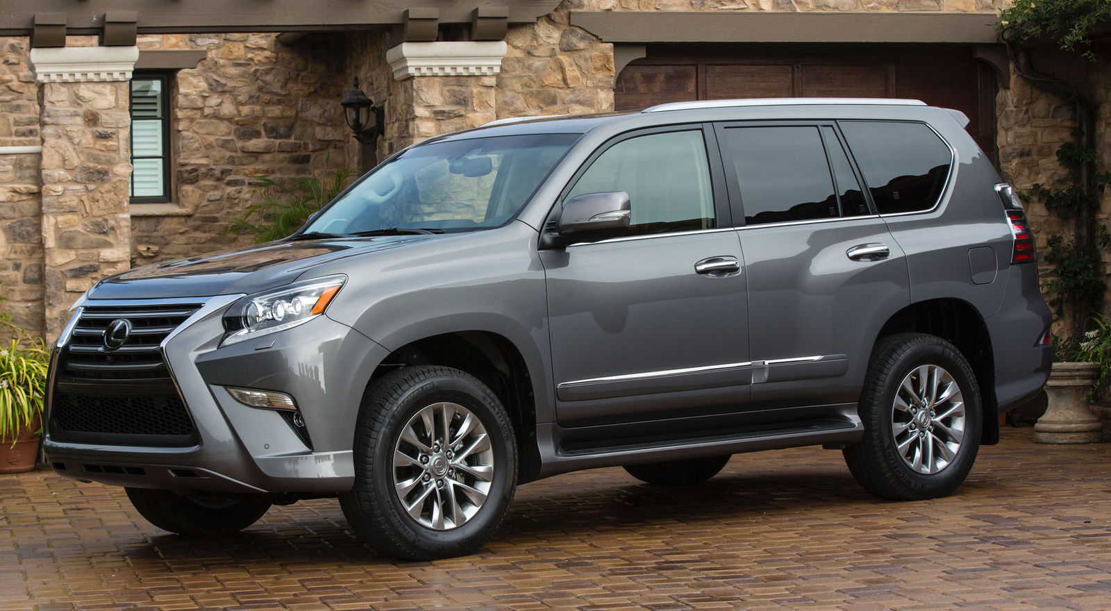 What Are The Differences Between A Suv And A Van Vehicle