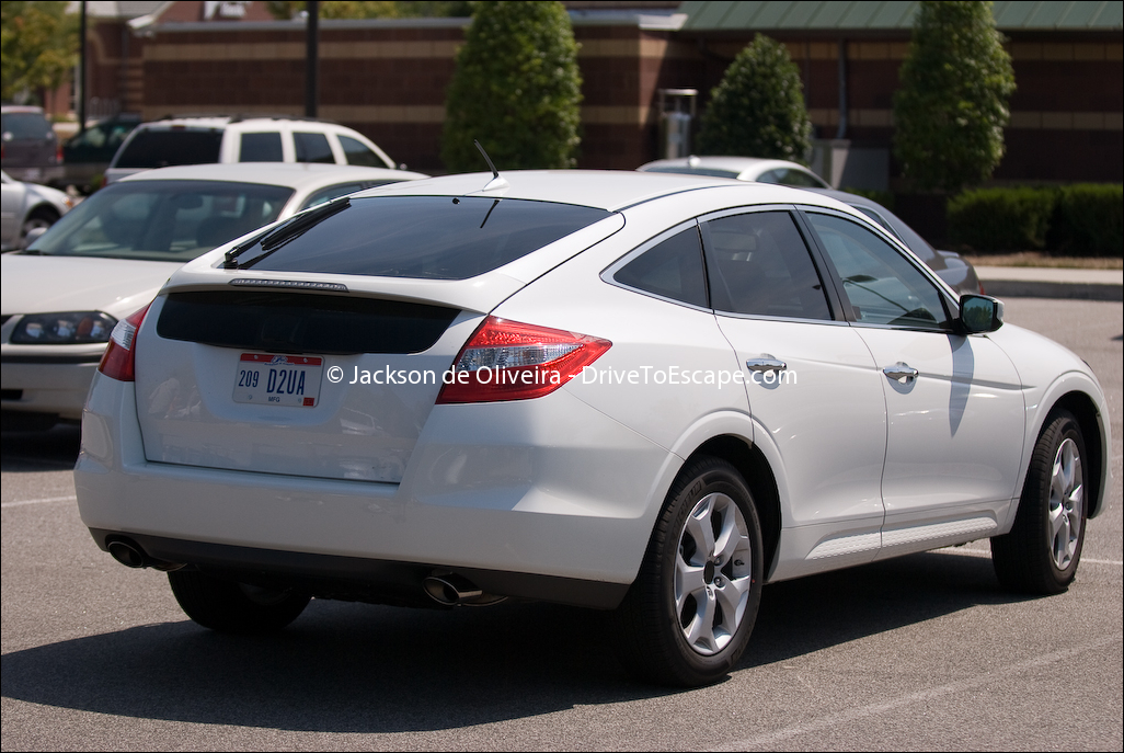 new and used honda crosstour prices photos reviews specs autos post. Black Bedroom Furniture Sets. Home Design Ideas