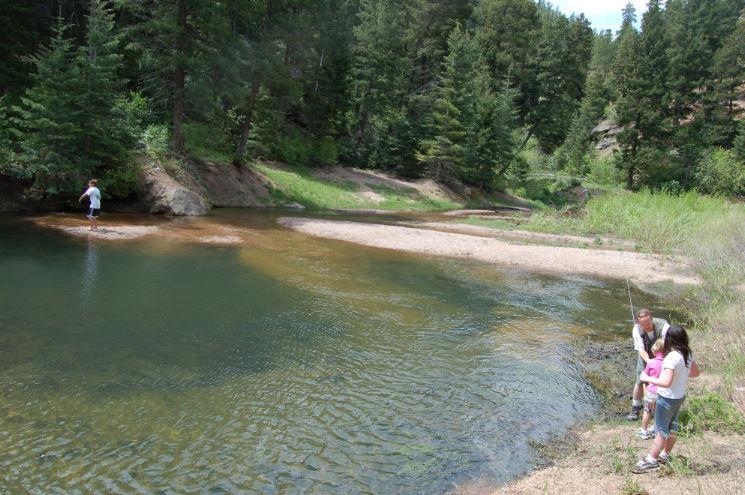 Best front range scenic drives denver colorado springs for Best fishing near denver