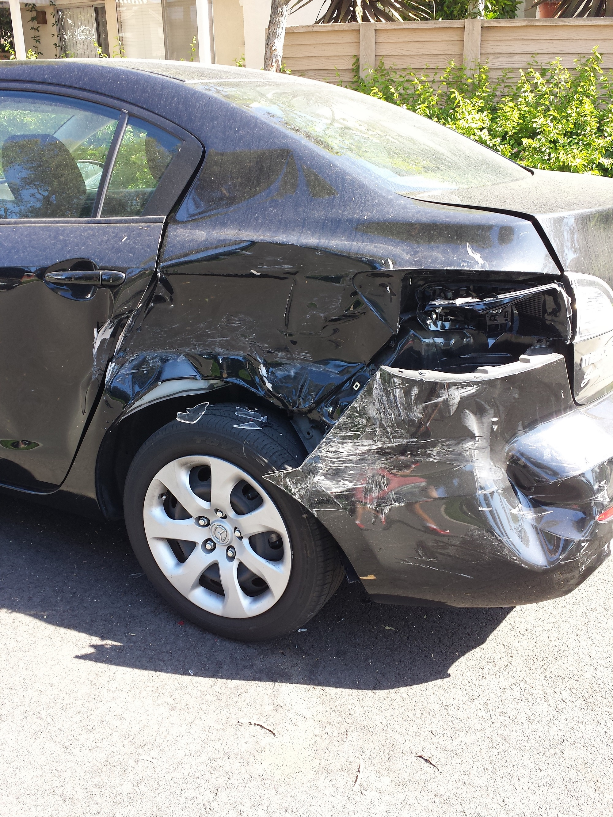 Drunk driver hit my parked car, does it look totaled? (insurance ...
