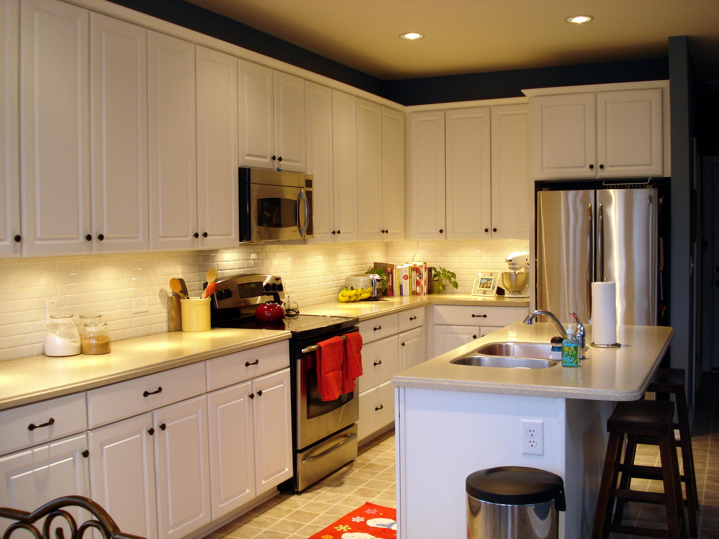 Inexpensive kitchen updates inexpensive kitchen updates for Updated kitchen remodels