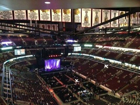 United Center Concert Question Buy Floor Showing