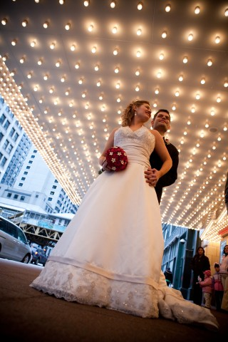 Good Places To Take Wedding Pictures 04 Jpg Chicago Theater