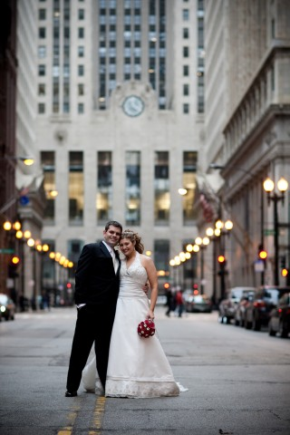 good places to take wedding pictures chicago lincoln theater