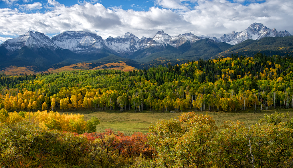 """the majestic mountains of colorado There's a reason """"rocky mountain high"""" is one of colorado's official state songs  because regardless of your feelings on legalized pot,."""