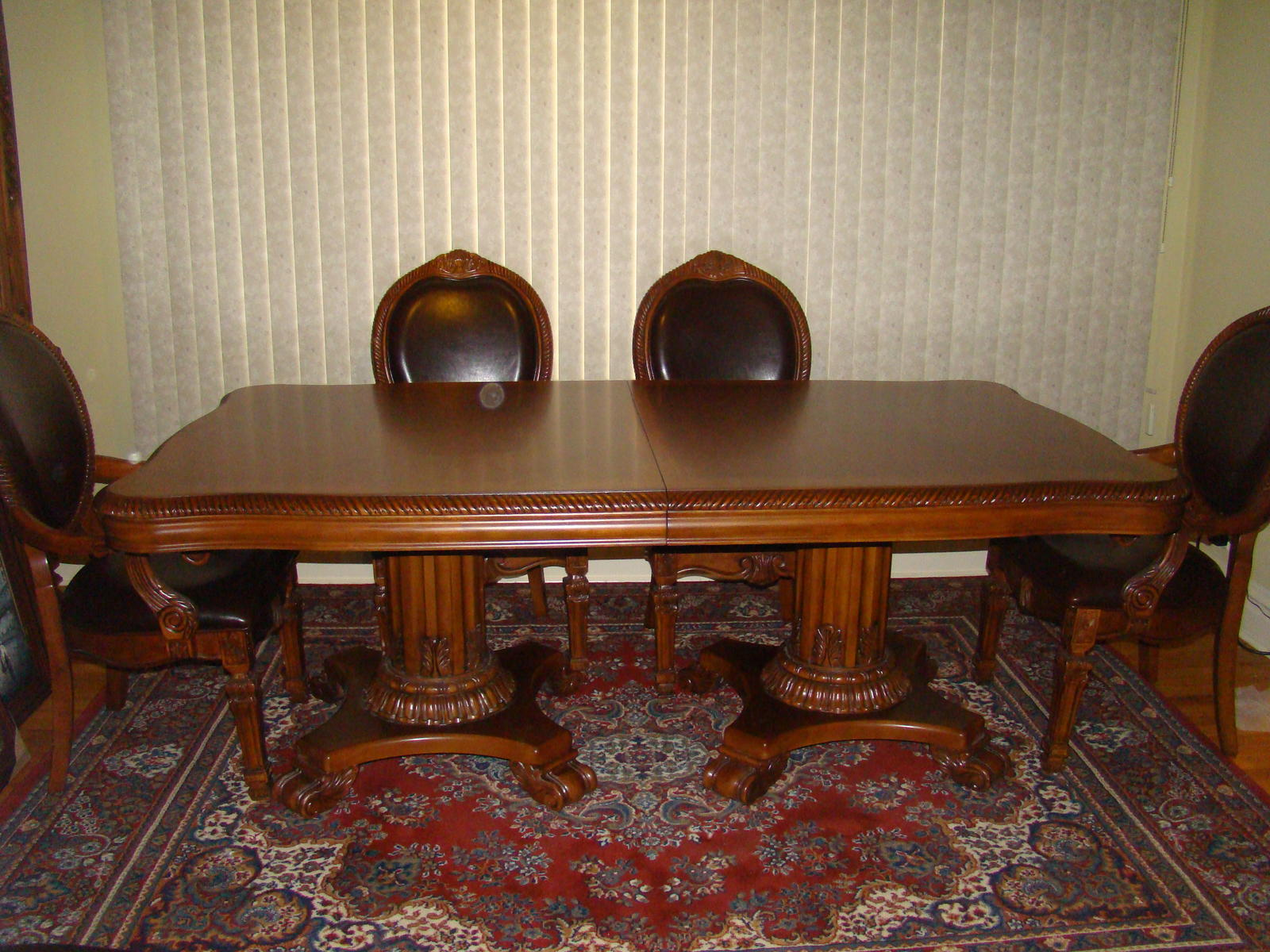 Brand New Dining Room Set - Buy and sell, listings, houses - City
