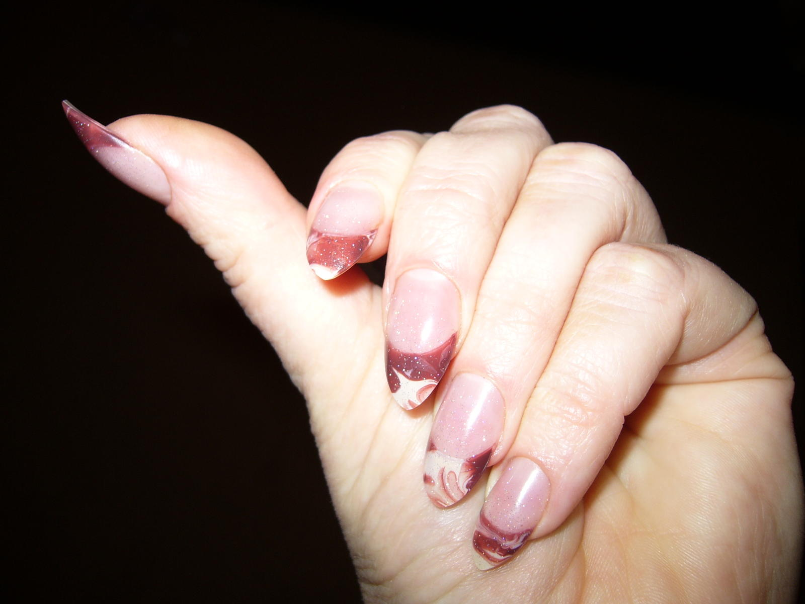 nails now