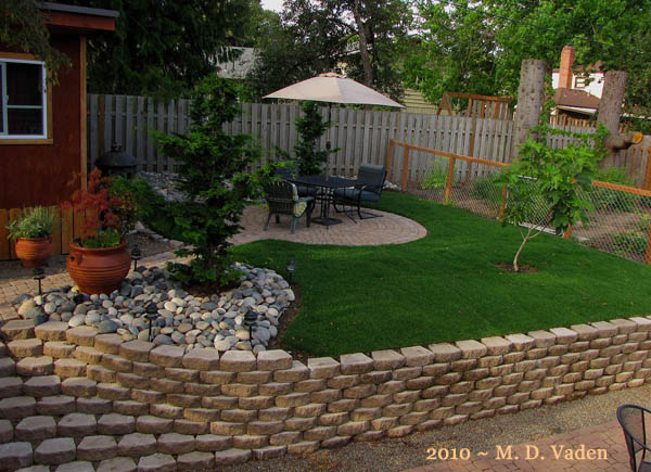 Backyard makeover tried something different lawn landscape for Garden makeover ideas