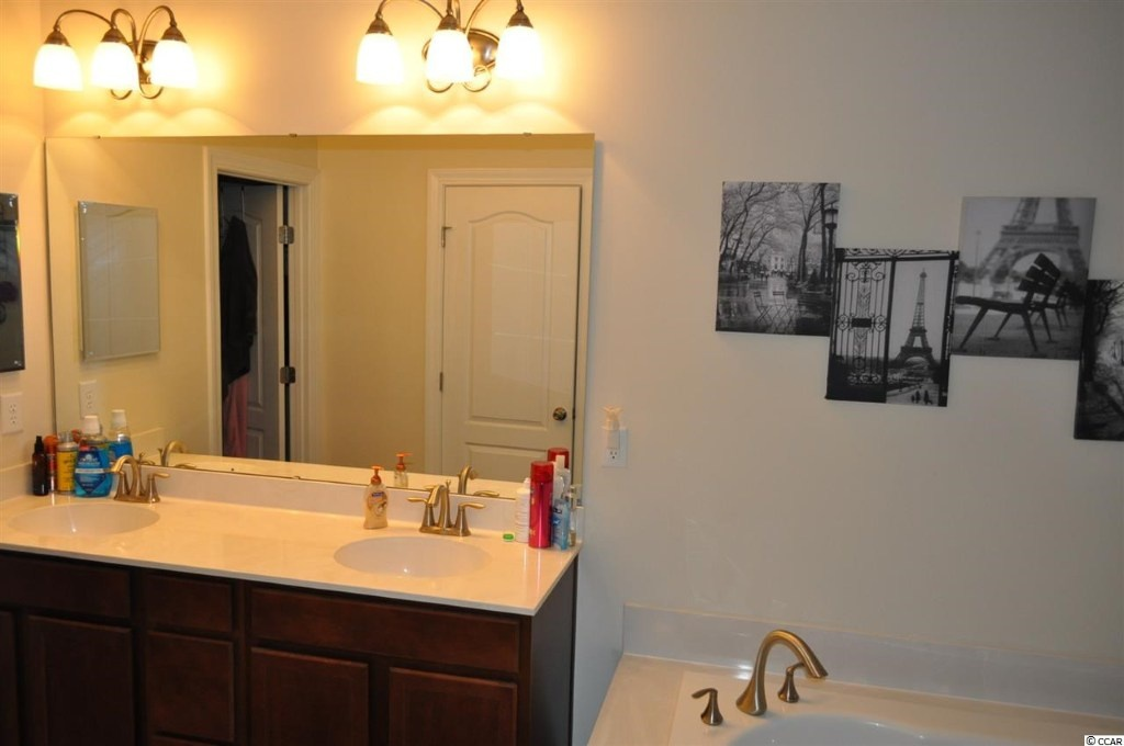 Vanity Lights Masters : Bathroom Lighting (big mirror, granite, countertop, paint) - Home Interior Design and Decorating ...