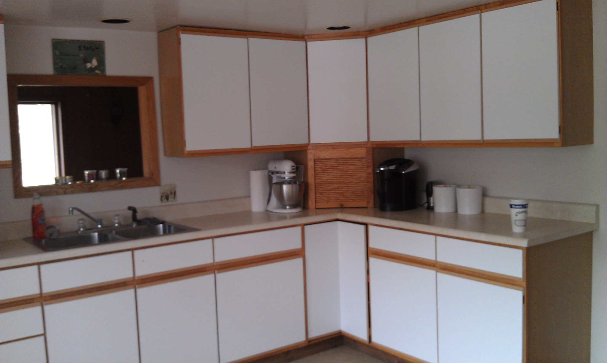 Blank Kitchen Wall Kitchen Sink Facing A Blank Wall Drives Me Insane Mirror Floor