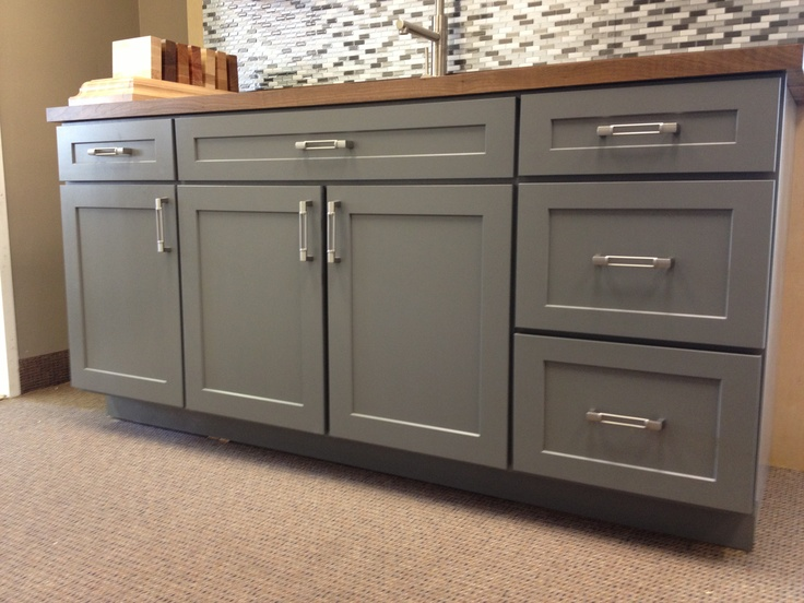 Kitchen Island, Full Overlay Drawer Stacks. Should End Panels Cover Drawers?