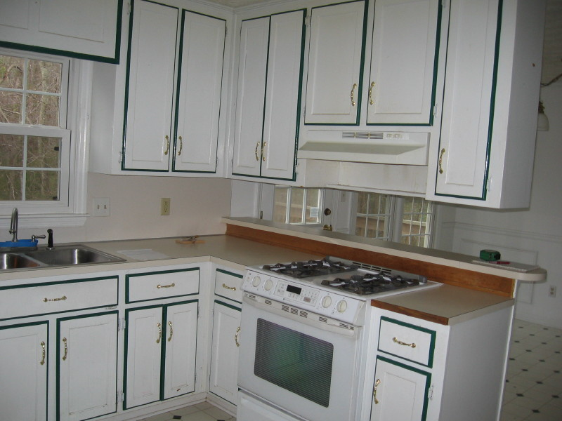 painting kitchen cabinets not realted to other posted. Black Bedroom Furniture Sets. Home Design Ideas