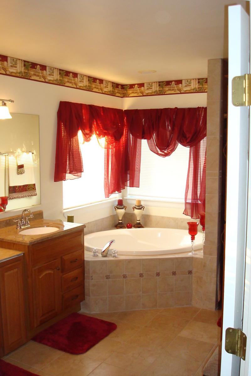 Bathroom Renovation Za Hut 001