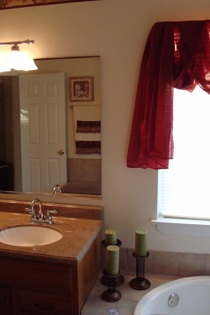 Bathroom Renovation Za Hut 009