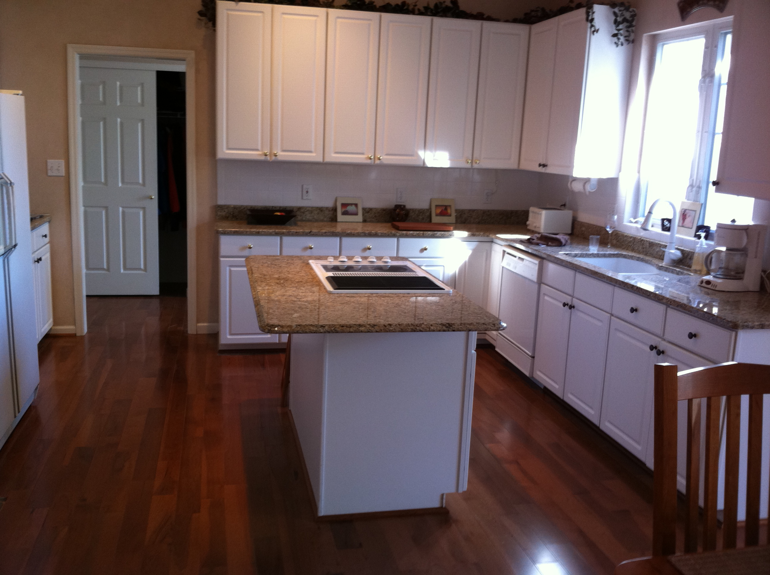 Wood Floors For Kitchens White Cabinets Wood Flooring Kitchen Cabinets Home Improvement