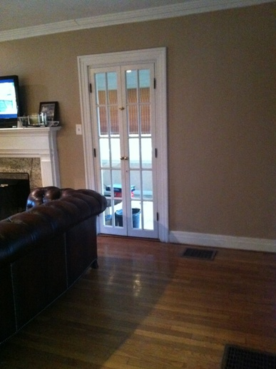 Please help with my living room!! (hardwood floors, fireplace ...