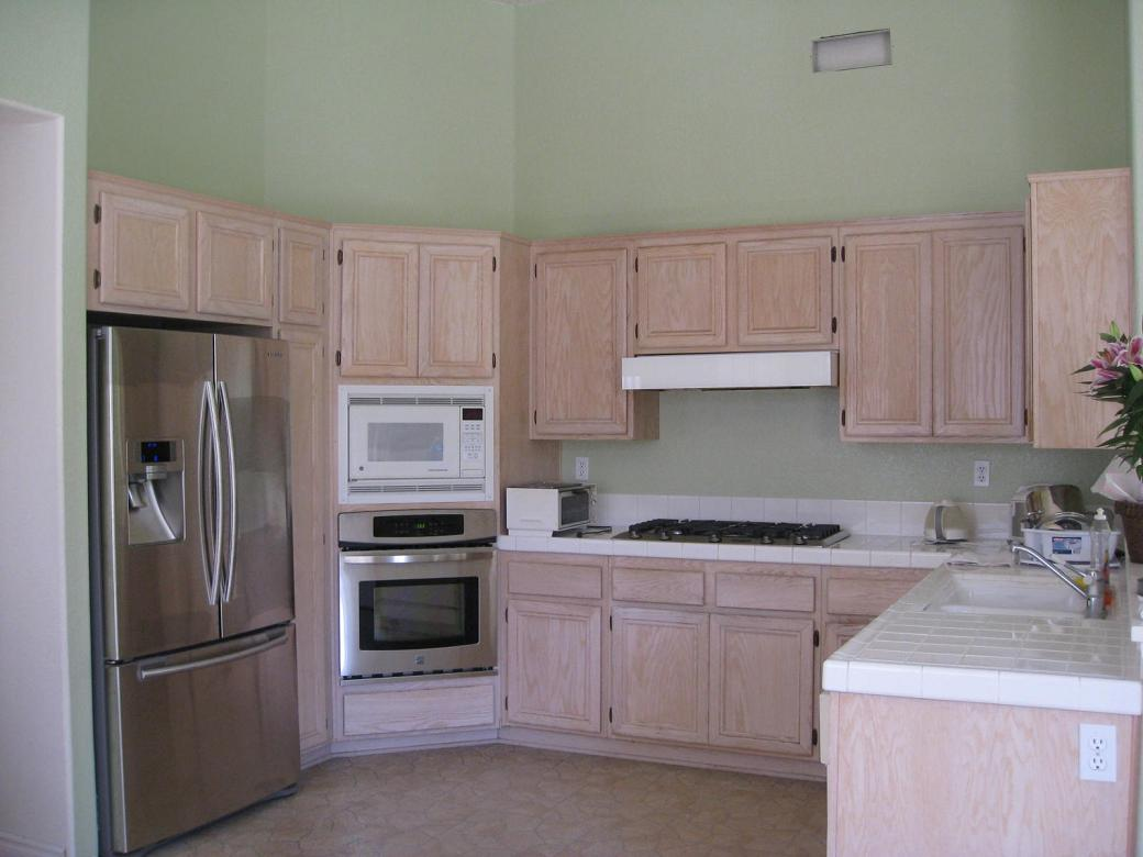 Best Color Floor With Oak Cabinets Home Design And Decor Reviews