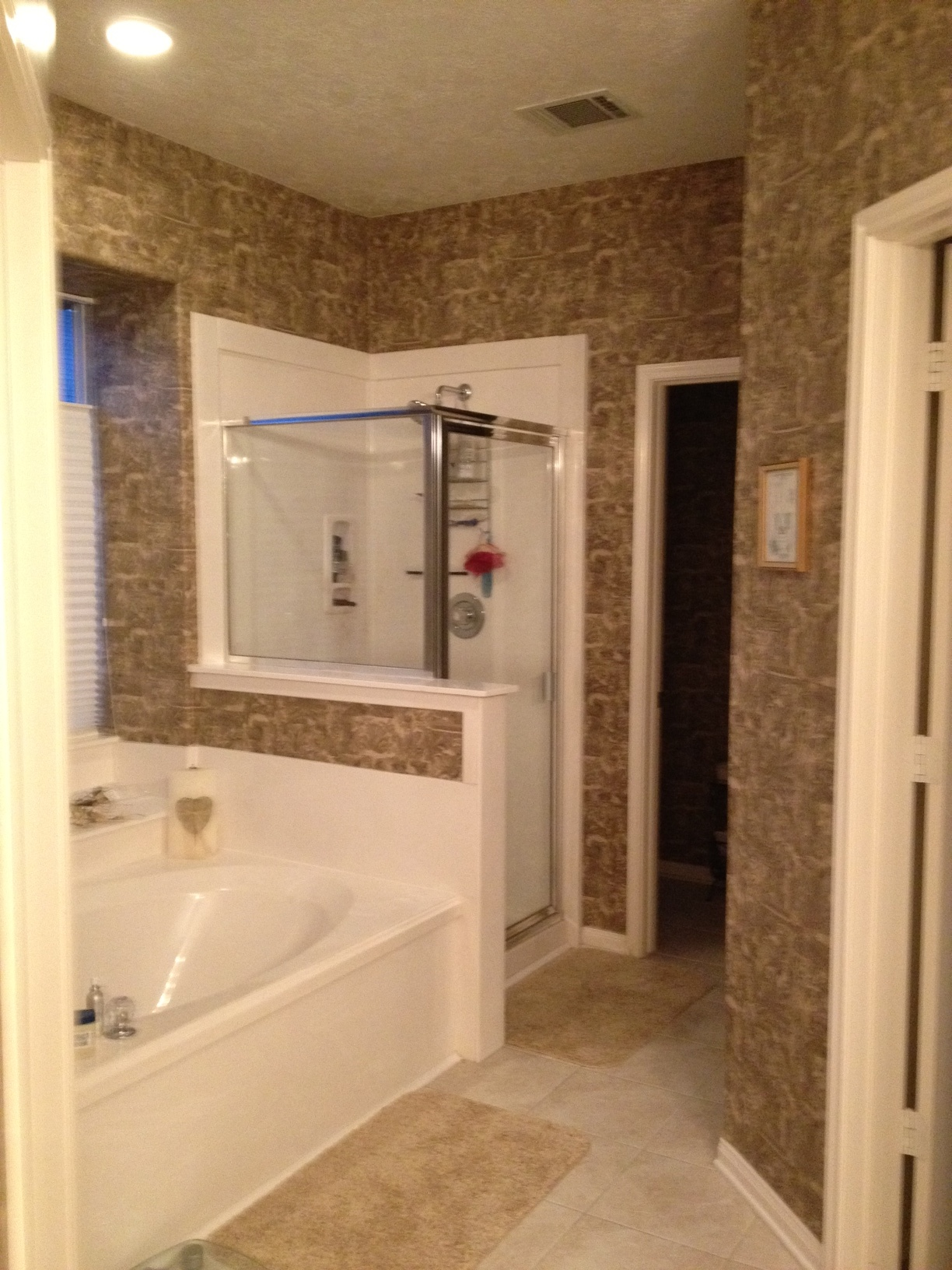 Master bathroom wallpaper help vinyl paint sand color home interior design and decorating - Master bathroom design and interior guide ...