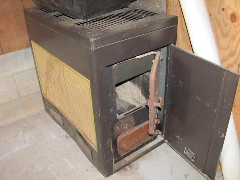 Old Wood Stove Furnace Heat Stoves Living Room