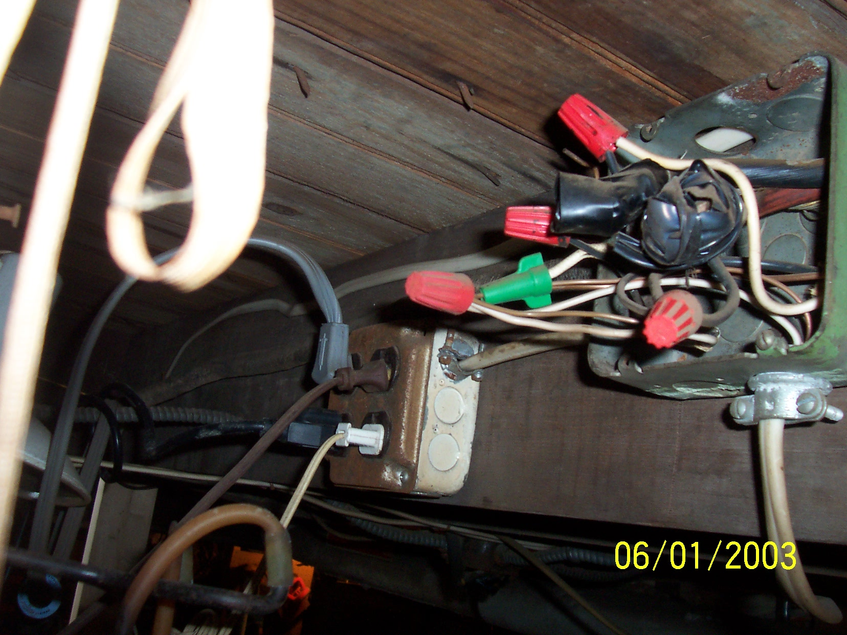 Prime House Wiring That Is Very Old Furnace Install Bedroom Wiring Database Obenzyuccorg