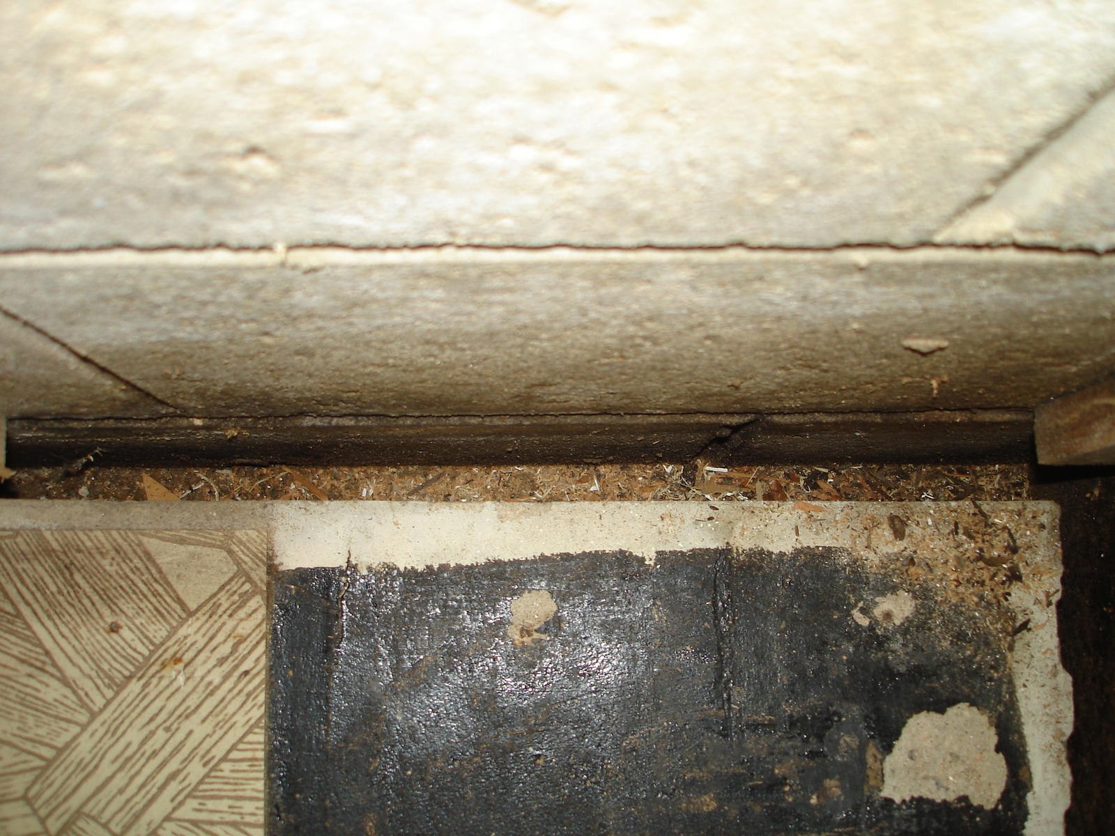Gap between slab and basement wall flooring foundation for Slab foundation vs basement