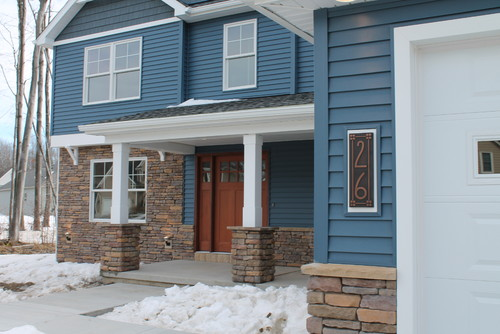 Building a house siding and shake color help vinyl for Help building a house