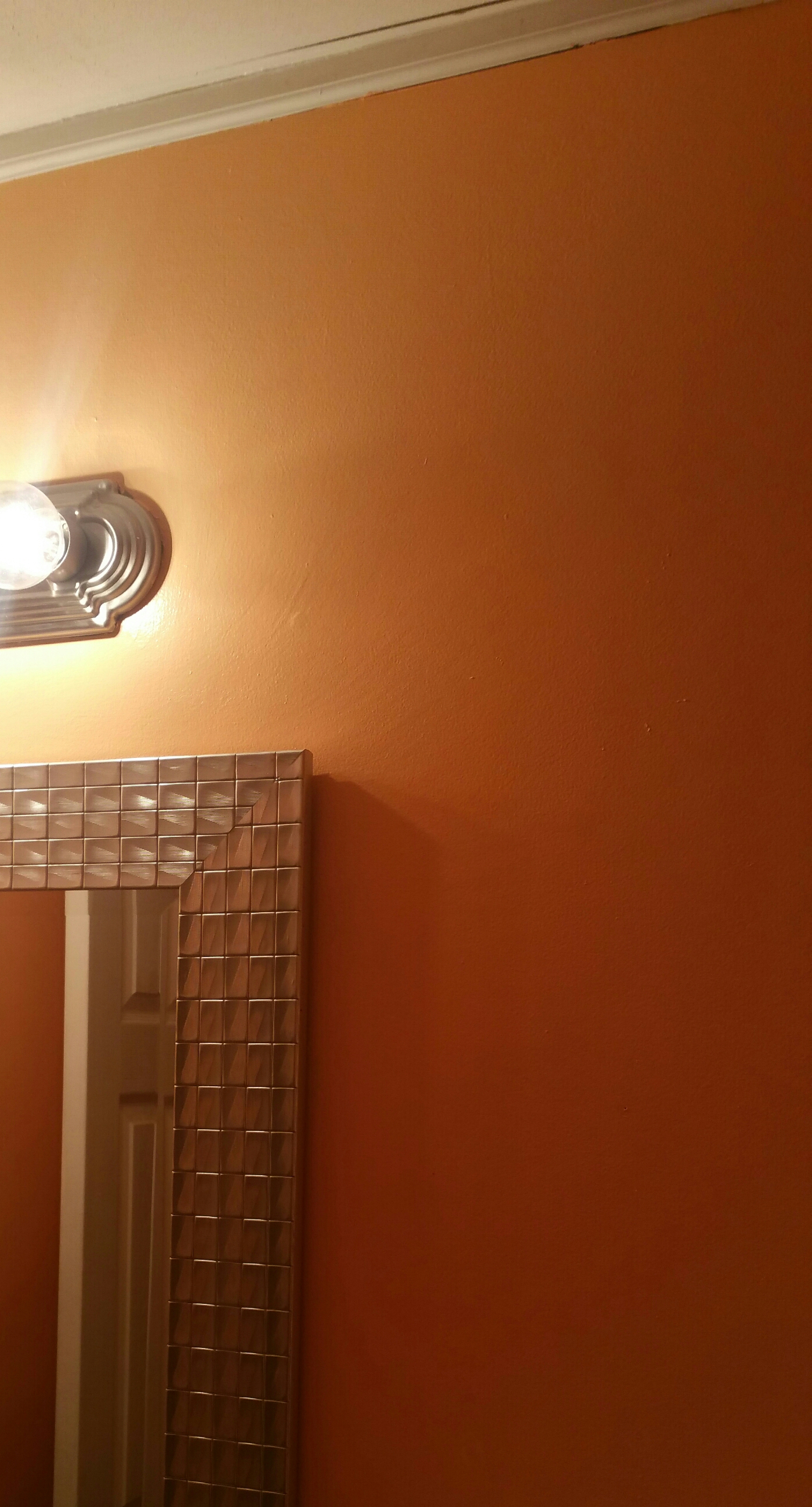Crown Moldingceiling In My Bathroom Is Cracked And Need Help - Crown molding for bathroom