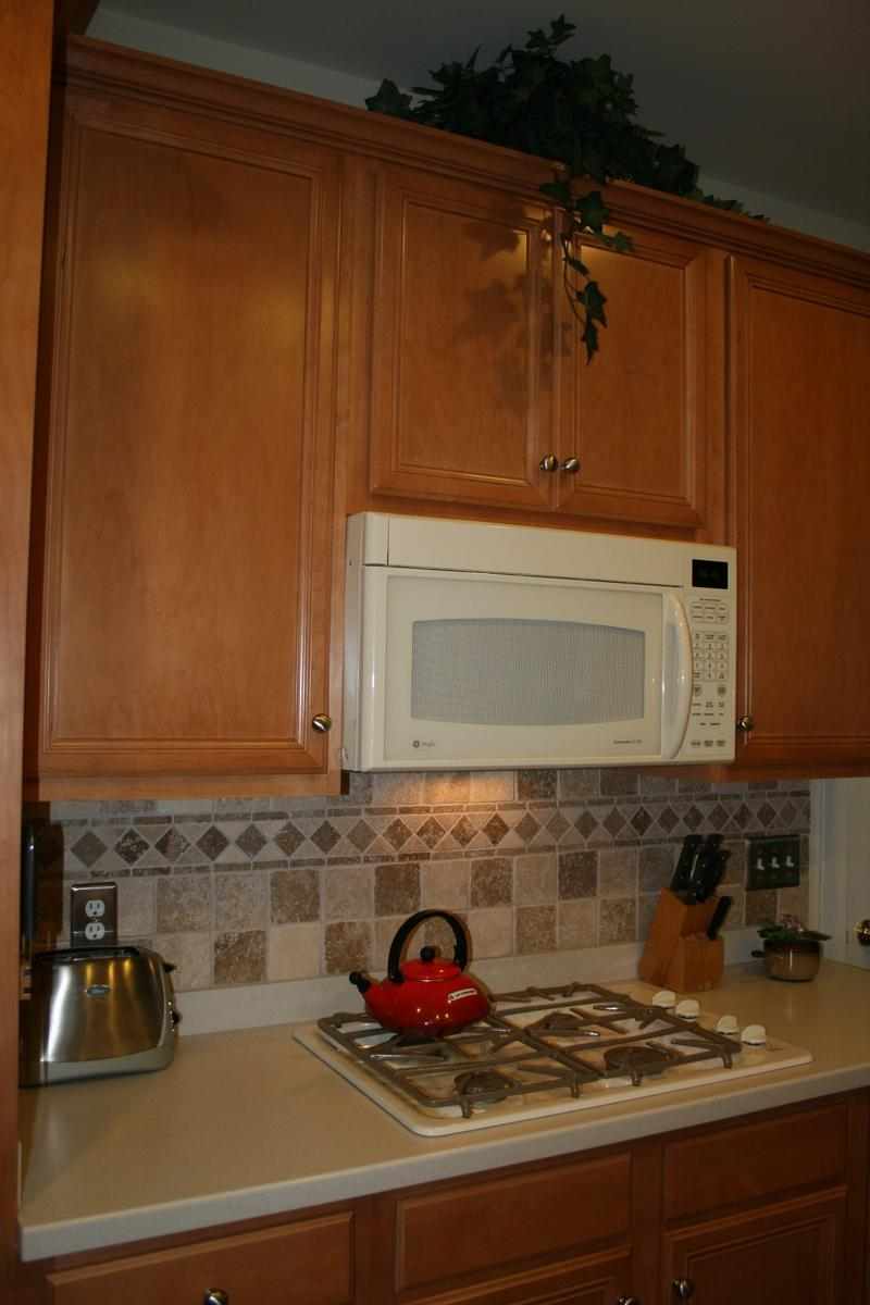 Kitchen Tile Idea Tile Backsplash Ideas For Cherry Wood Cabinets Home Design And