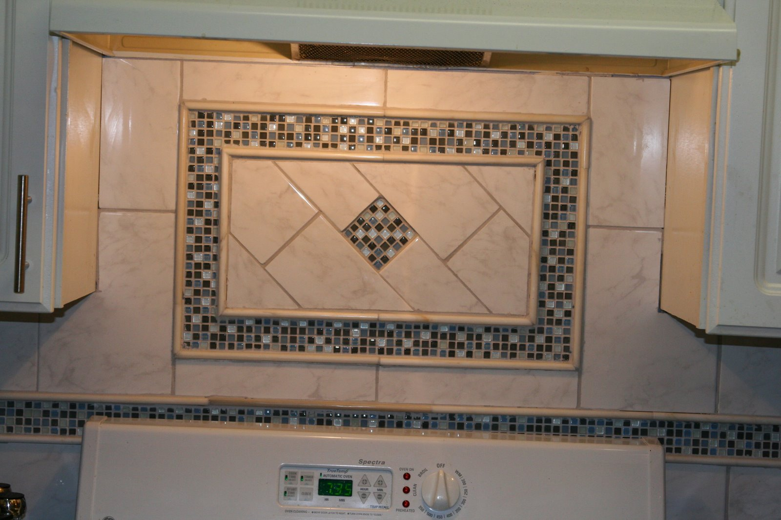 011 Need Help With Kitchen Backslash. What Do You Think Of This Tile? 021