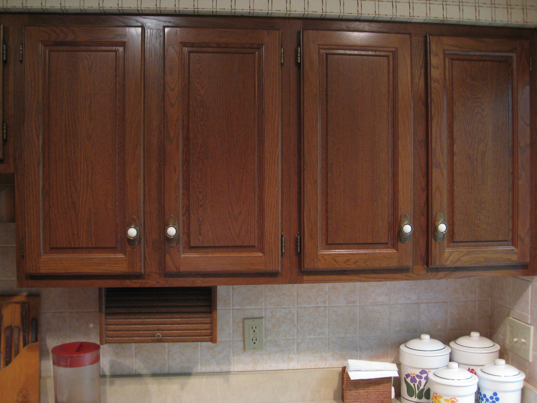 Best Product To Use To Clean Wood Painted Kitchen Cabinets