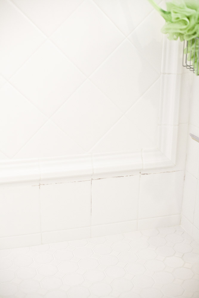 how to clean mildew from tile grout