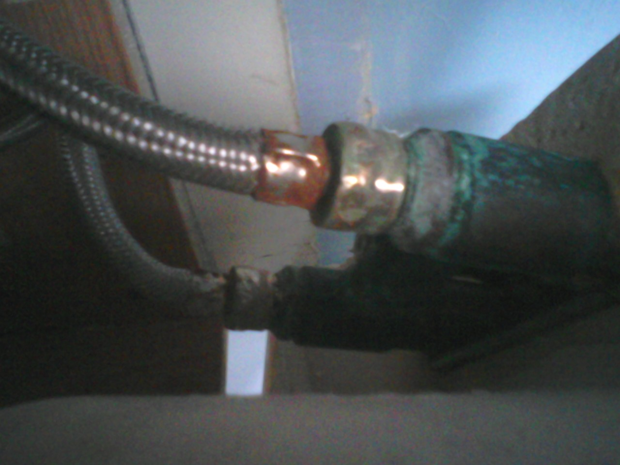help, I can\'t remove my old bathroom faucet (appliance, cabinet ...