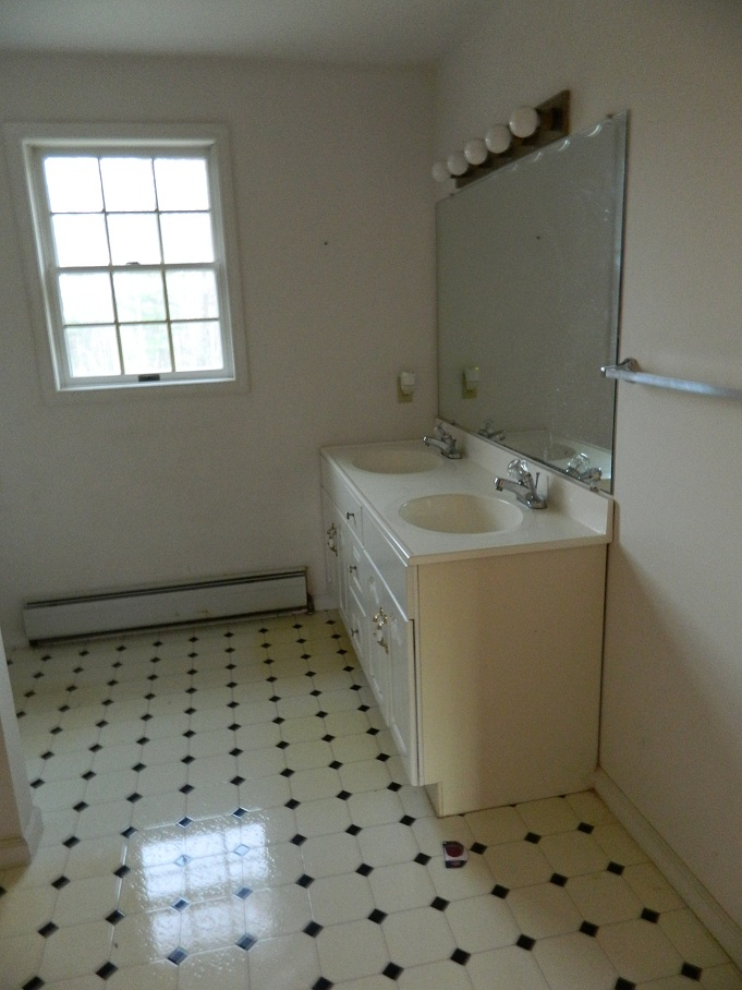 Bathroom Remodel Moving Plumbing : Moving laundry upstairs advice flooring washer drain