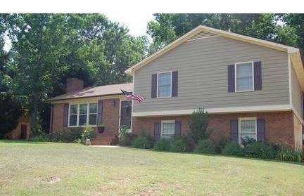 ... House: Upper Story Extends Over Lower (mid Century  Ranch) Great_oconee_location 3_bd_2_ba_split ...