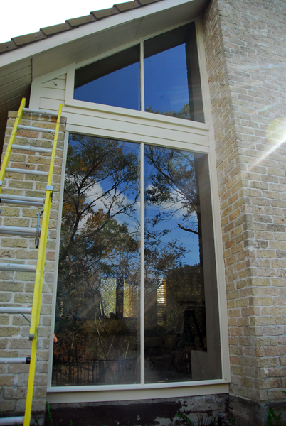 Window glass replacement house construction contractors for Window replacement contractor