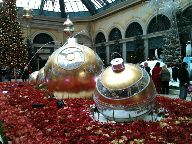 Christmas decorations at the casinos (stores, winter, town) - Las ...