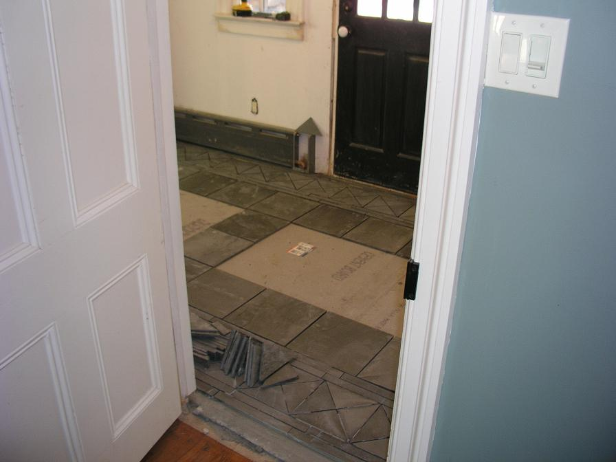Slate kitchen flooring afreakatheart for Mudroom floor