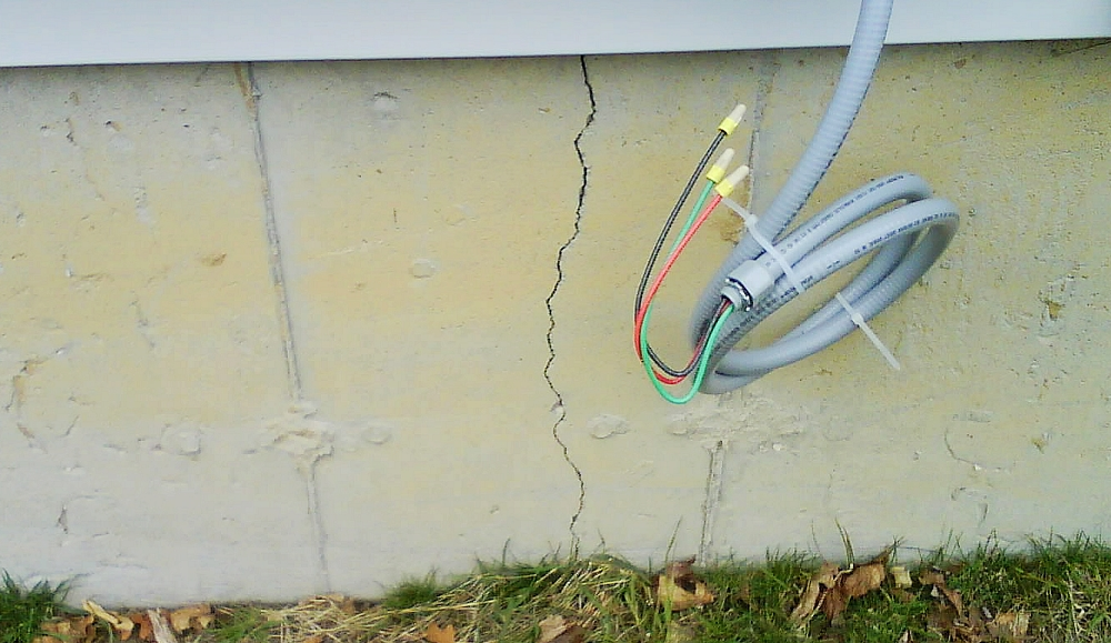 help needed foundation cracks of a new construction attorney house