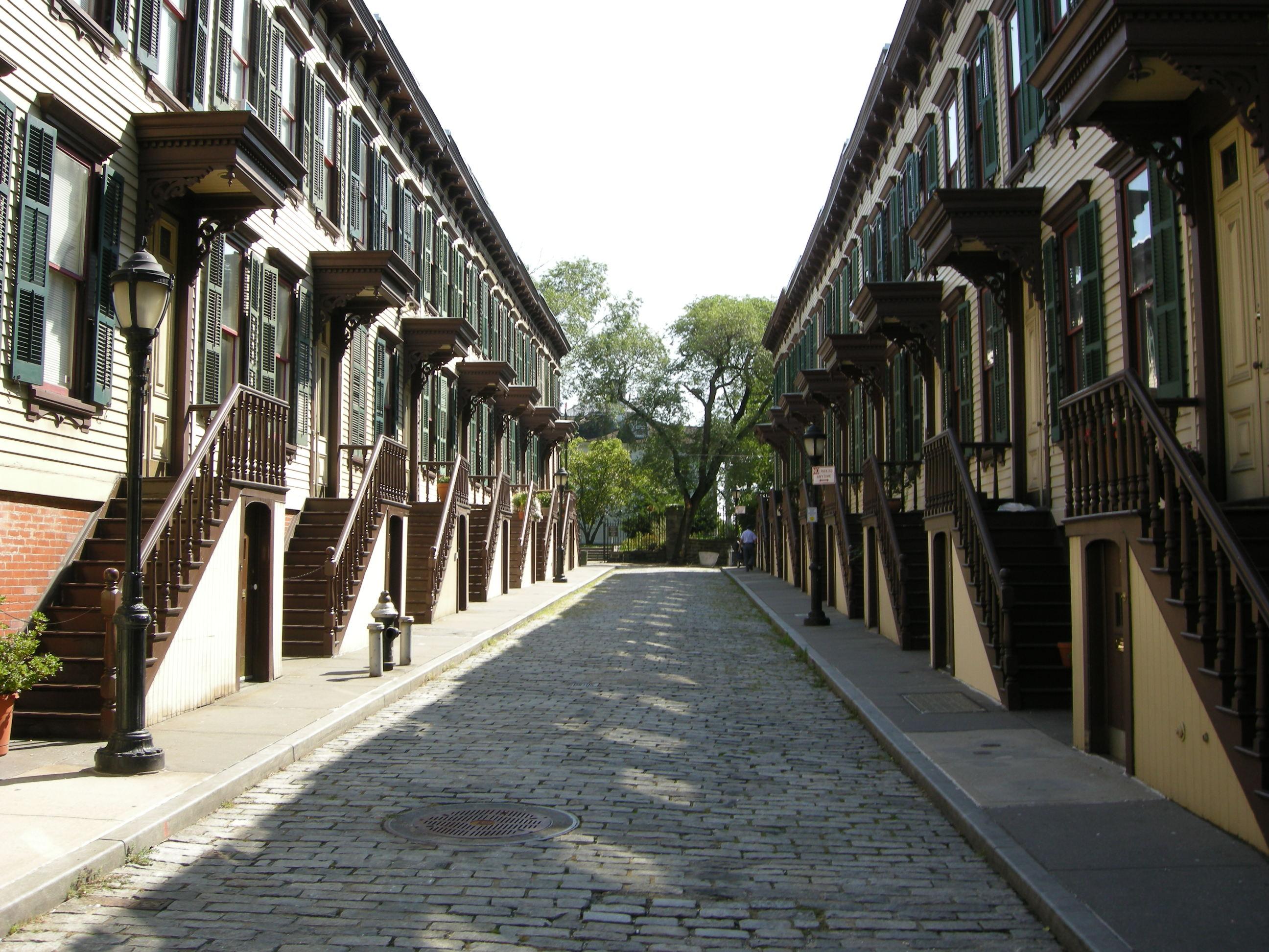 Life on manhattan 39 s secret fairy tale street pomander for New walk terrace york
