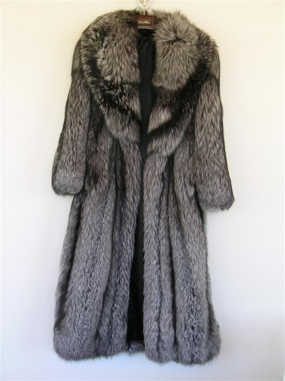 Selling fur coat (Lexington: consignment, buy, shops) - New York ...