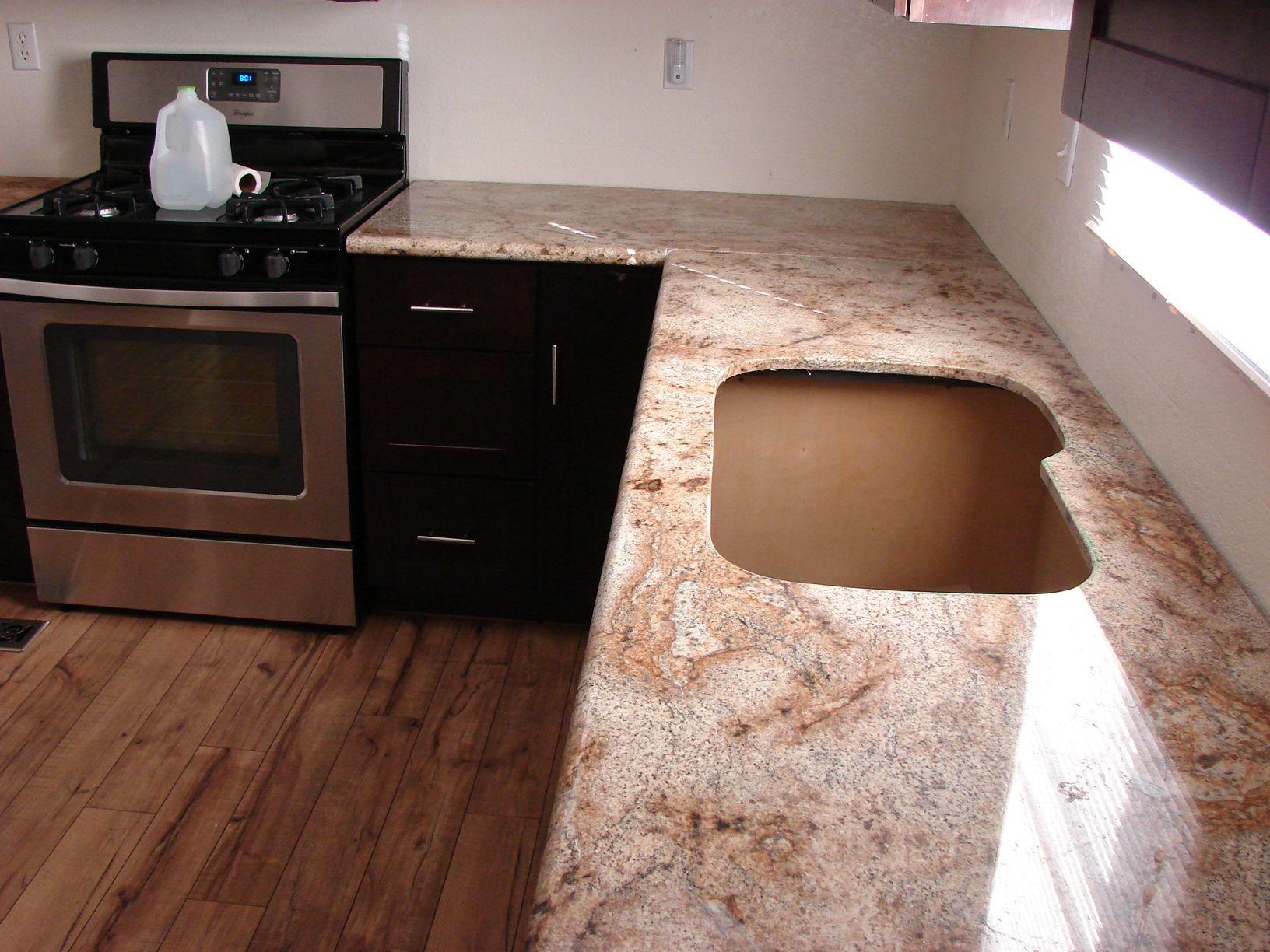 average cost for granite counter tops phoenix 2014