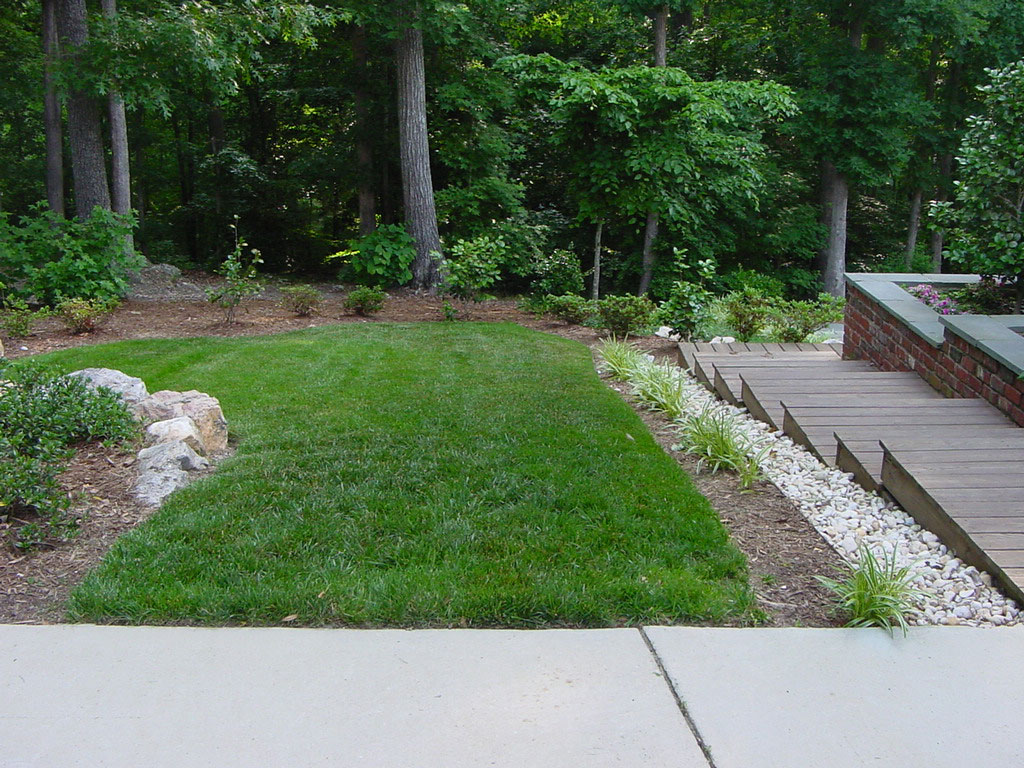 Steep Backyard Ideas : Steep Backyard Landscaping