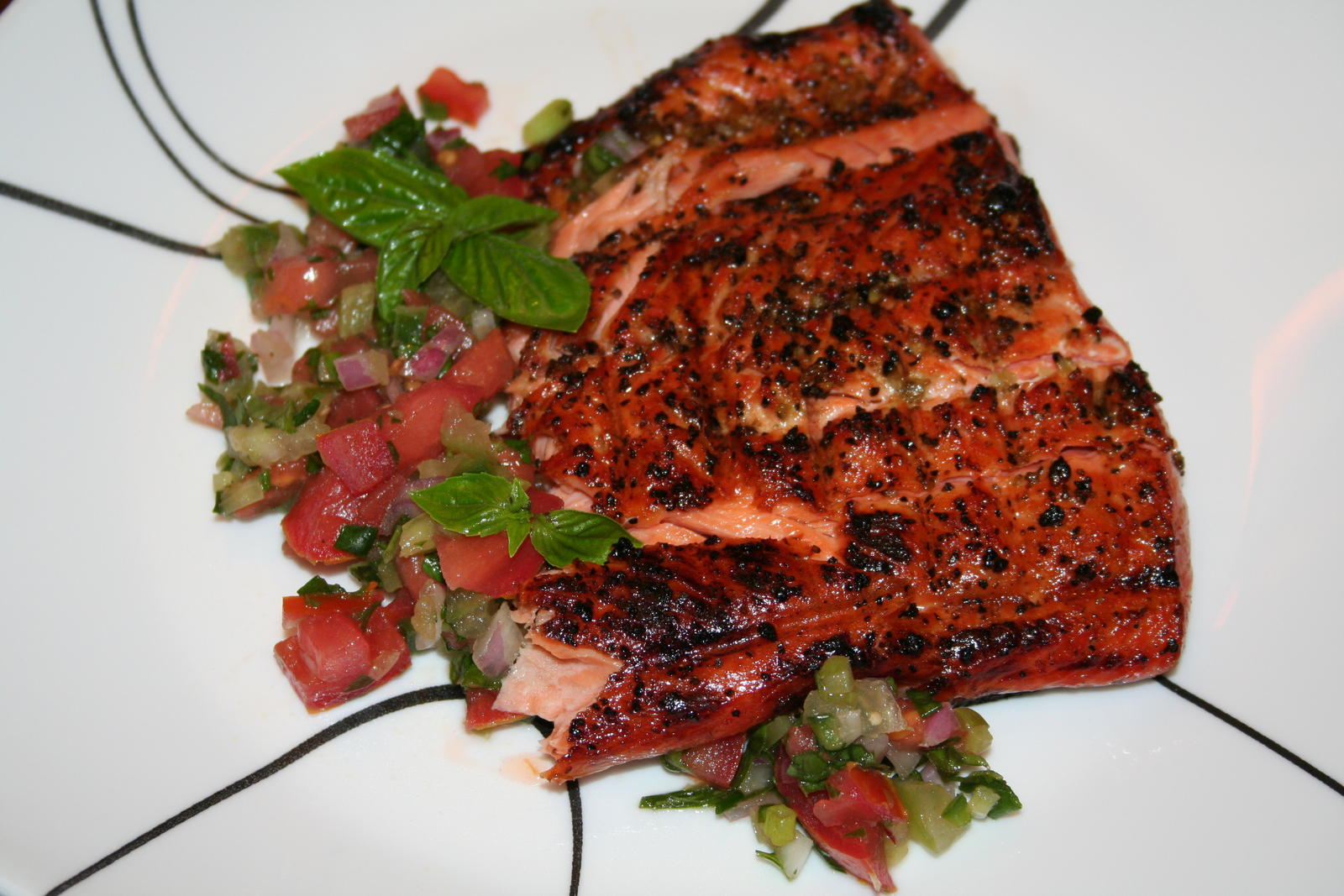 Grilled+Salmon Grilled Salmon with Salsa (pepper, onions, peppers ...