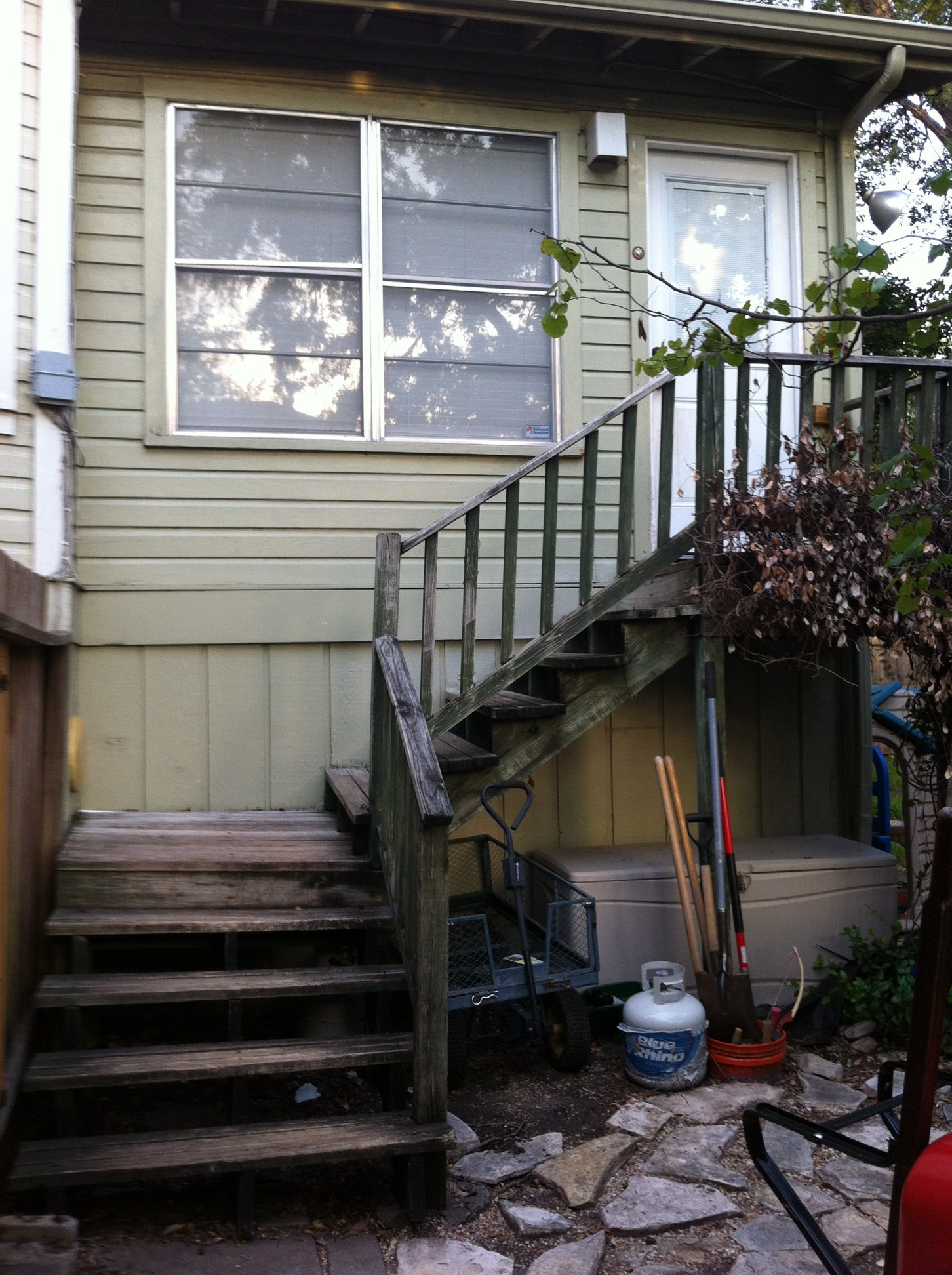 Attirant Help With Stairs At Back Door Side1