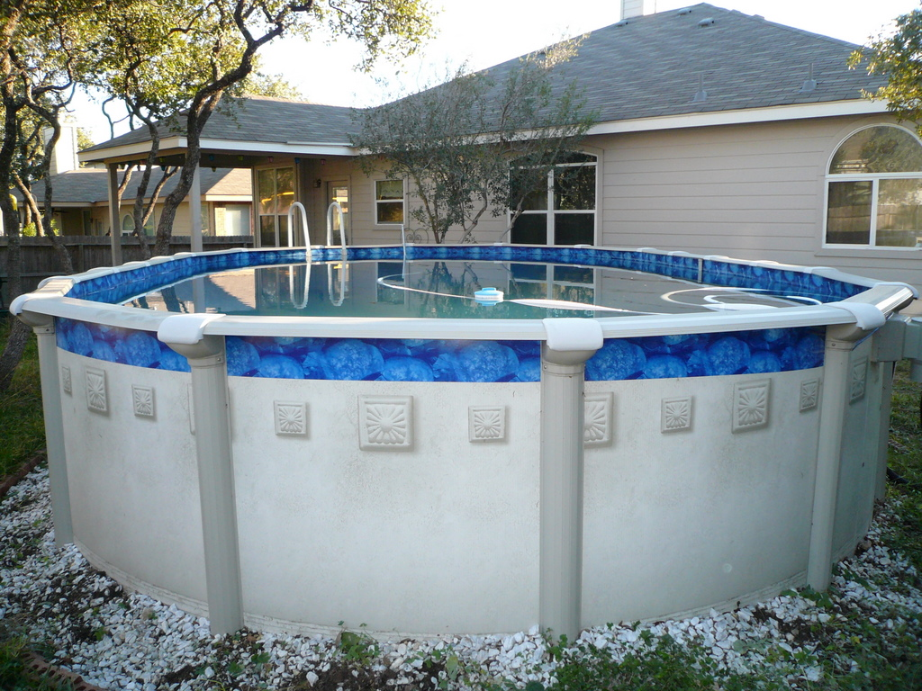 Aboveground pools most widely used home design for Most popular above ground pools