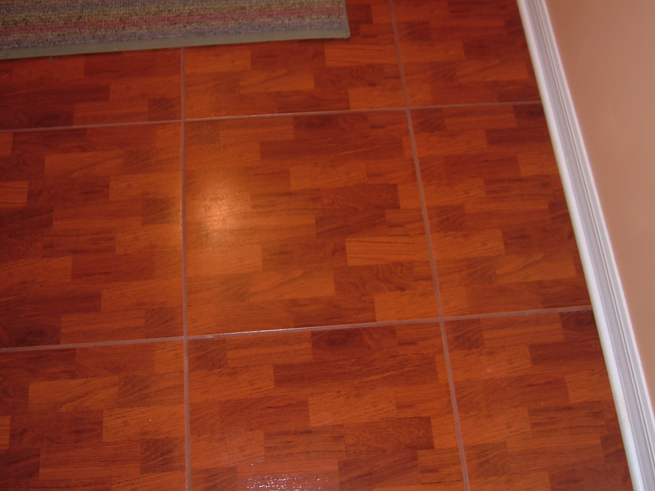Laminate flooring hardwood laminate flooring installation for Hardwood installation